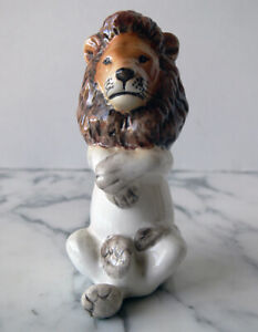 """Vtg Bassano """"white"""" KING LION chess pc. from JUNGLE SET by GIUSEPPE RONZAN Italy"""