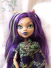 MONSTER HIGH CLAWDEEN WOLF SKULL SHORES - Very Clean Doll Clothing & SHOES