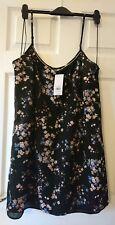 BNWT Dorothy Perkins Women's dress Size 18 UK / 46 EUR /16 US RRP £28.00