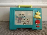 VINTAGE RETRO CLASSIC PORTABLE MUSICAL TV TELEVISION MOVING SCREEN TOY KIDS