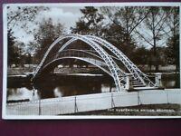POSTCARD RP BEDFORDSHIRE BEDFORD - THE SUSPENSION BRIDGE