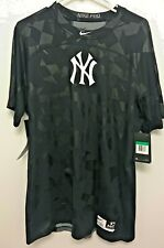 NWT NY Yankees Nike - Pro Combat Dri Fit Compression Fitted Shirt Mens X-Large