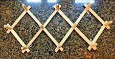 Natural Wooden Accordion Peg Rack Adjustable Cup Holder Coat Hook