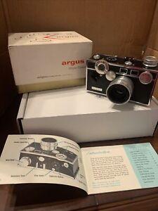 Vintage Argus C3 35mmCamera - Brand New In Box - F3.5 50mm Lens 1948