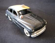 O965 DINKY TOYS FR FORD VEDETTE TAXI 1953 24XT TBE