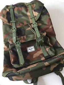 Rucksack Herschel Little America camouflage