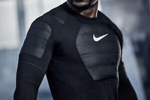 Mens NIKE PRO - HYPERWARM AEROLOFT Base REFLECTION Compression Shirt Black Large