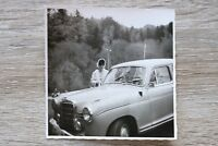 1x Foto Auto Oldtimer Mercedes 1950-60er Frau Foto Atelier Waldkirchen Car