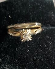 10kt yellow and white gold solitaire set .3.2 gms
