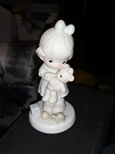 "Precious Moments ""Loving"" 1993 Members Only Figurine Pm932 with box and tag"