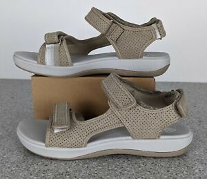 NEW Clark's Brizo Sammie Sandal in Sand Women's Size 8 M # 26125255 Cloudstepper