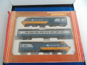 HORNBY 3-CAR CLASS 43 HST125 TRAIN in BR Inter City Livery OO Gauge Boxed