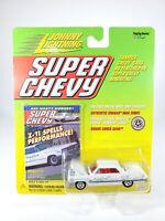 JOHNNY LIGHTNING 1963 Impala Z-11 Super Chevy Real Wheels Series NEW 1/64