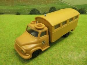 Siku V215 1:60 Großraumkrankenwagen Ford FK 3500 (YV) G1356