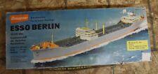 + HTF Graupner ESSO BERLIN Super Tanker KIT 2089 from 1967 NEW IN BOX +