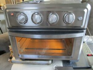 Cuisinart TOA-60 Convection Toaster Oven Air Fryer 7 Functions 1 Hr Timer Clean