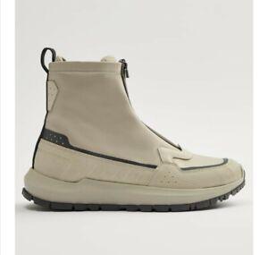 Hohe Sneaker mit Reißverschluss Gr. 42