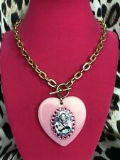 Tarina Tarantino Vintage Alice In Wonderland Holding Pig Lucite Heart Necklace