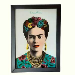 Frida Kahlo light box. Gorgeous light box celebrating iconic Mexican artist
