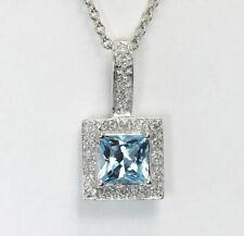 acaa07f07a57 Diamante Topacio Azul Halo Collar con Colgante 14k   Oro Square Redondo