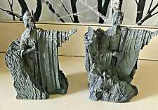 New listing Vintage Lord Of The Rings Fellowship signed Argonath Resin Statue Book Ends