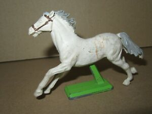 728P 1971'S Britains Ltd England Horse White to the / Of Galloping + Base H 7 CM