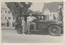 1920S PHOTO OF MAN AND WOMAN IN W/ VINTAGE CAR - HOLLYWOOD, CA