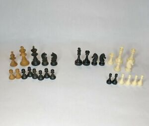 Lot Of Wood & Plastic Black & White Chess Men Pieces