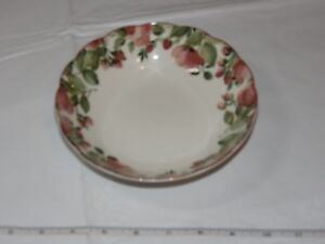 Nikko Tableware Scalloped Edges Soup Bowl 1 Bowl only Off White Pink Flowers!