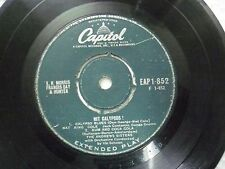 """THE ANDREW SISTERS EAP1 852 RARE SINGLE 7"""" INDIA INDIAN 45 rpm VG+"""