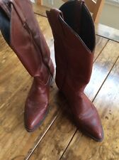 cowboy boots/Tony Lama Leather Boots Size 6B