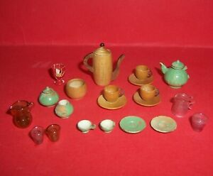 VINTAGE ANTIQUE DOLLS HOUSE TURNED WOOD AND GLASS ACCESSORIES