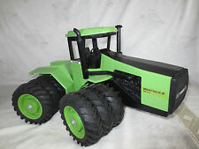 SCALE MODELS 1/16 STEIGER PANTHER CP-1400 TRIPLES FARM TOY TRACTOR HERITAGE COLL