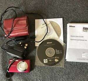 Nikon Coolpix S4000 With Charger And Case