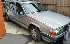 Volvo 940 Front Grill. Breaking 1996 Complete car, all parts available