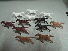 25 Plastic Toy Horses With Holes Free Shipping