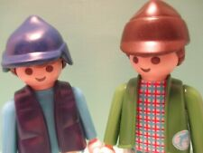 Playmobil figures SET OF TWO MODERN MEN in outdoor clothes & hunting caps