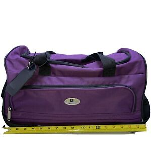 """Leisure 18"""" Duffle Bag  - Pre Owned - PURPLE Travel, carry-on, Sports FAST SHIP"""