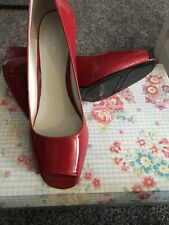 BEAUTIFUL NINE WEST RED  LEATHER WEDGED  SHOES SIZE 6