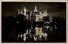 Schwerin alte Ansichtskarte ~1930/40 Blick auf das beleuchtete Schloß bei Nacht
