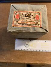 SIGNAL LIGHT SAFETY MATCH BOXES, 10 BOXES. THE DIAMOND MATCH COMPANY, VINTAGE.