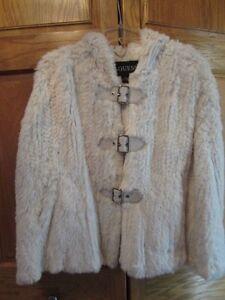 GUESS Wt Rabbit Fur Poncho Cape Womens S M L XL Hood Leather Trim Wtr Wedding!