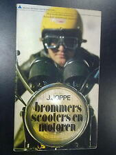 Brommers, Scooters en Motoren door J. Joppe