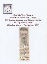 KEN Marrone West Ham United 1952-1967 mano originale firmato giornale taglio