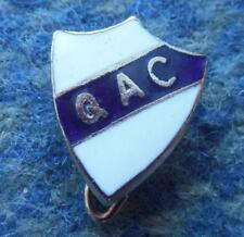 QUILMES ATLETICO CLUB ARGENTINA FOOTBALL FUSSBALL SOCCER 1970's ENAMEL PIN BADGE