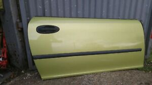 SAAB 9-3 2004-2007 CONVERTIBLE DRIVER SIDE DOOR O/S LIME YELLOW 292