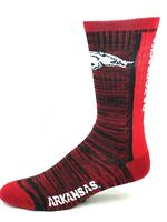 For Bare feet Arkansas Razorbacks Bar Stripe Vert Red and Black Crew Socks
