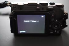 TOP Zustand Nikon COOLPIX P7700 12,0 MP Digitalkamera inkl. Extras - Schwarz