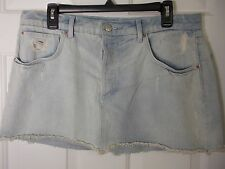 TOPSHOP MOTO Light Wash Blue Jean Mini Skirt Size W32(81cm)