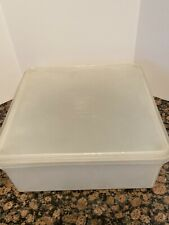 "Vintage Tupperware Square Keeper 166-2 w/lid  12"" Square"